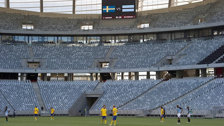 KAPSTADEN 20110119 Sverige besegrade Botswana med 2-1 inför tomma läktare i onsdagens internationella landskamp mellan Botswana och Sverige i Kapstaden. Sverige vann matchen med 2-1