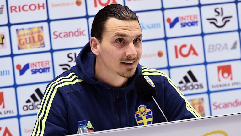 Zlatan Ibrahimovic under presskonferensen på Nationalarenan