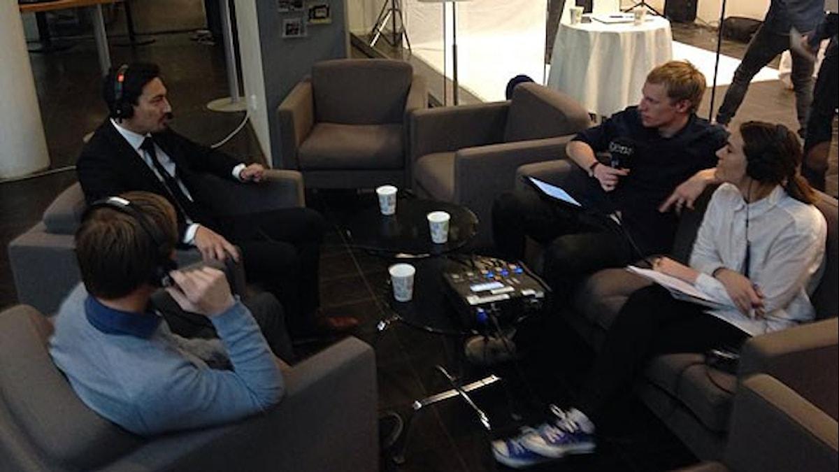 Stefan ishizaki och Roger Sandberg med Richard Henriksson och Susanna Andrén. Foto: Andreas Lundin/SR