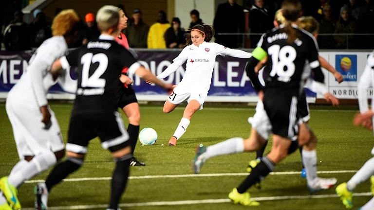 Rosengårds Lieke Martens under det första Champions League-mötet.