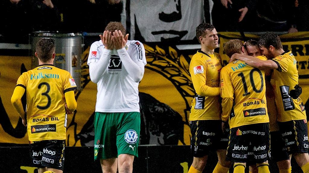 Hammarbys Lars Sätra deppar efter Elfsborgs seger.