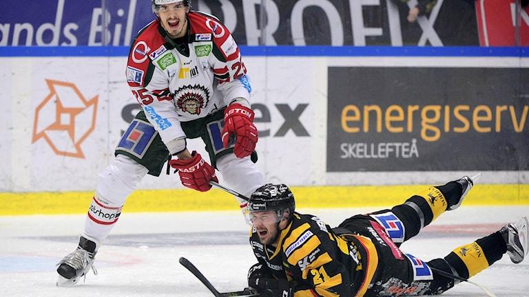 Oliver Lauridsen, Frölunda, och Skellefteås Jimmie Ericsson.