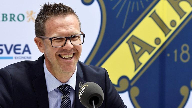 Rikard Norling presenteras som ny tränare för AIK.