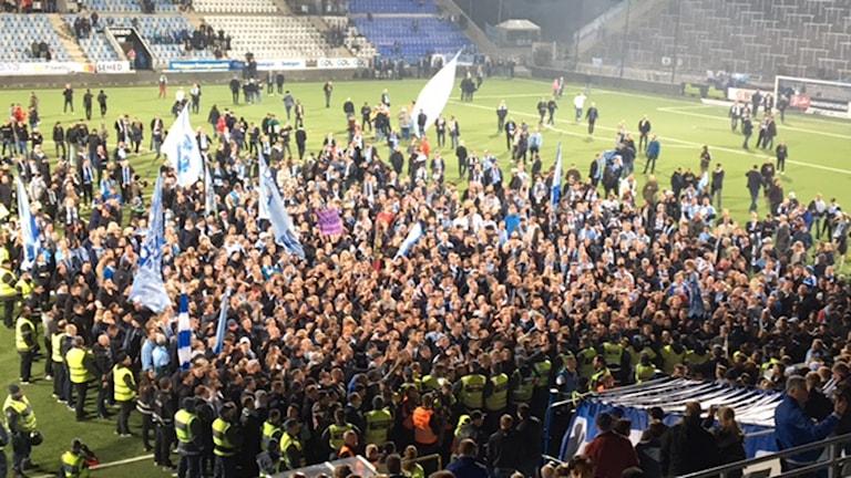 Malmös fans firar SM-guldet.