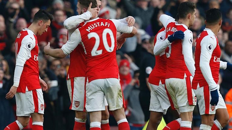 Arsenal är ny tabelltvåa i Premier league efter 2-1-segern hemma mot Burnley.