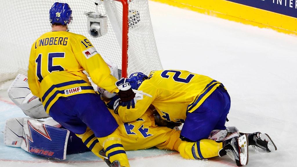 Tre Kronor tar VM-guld.