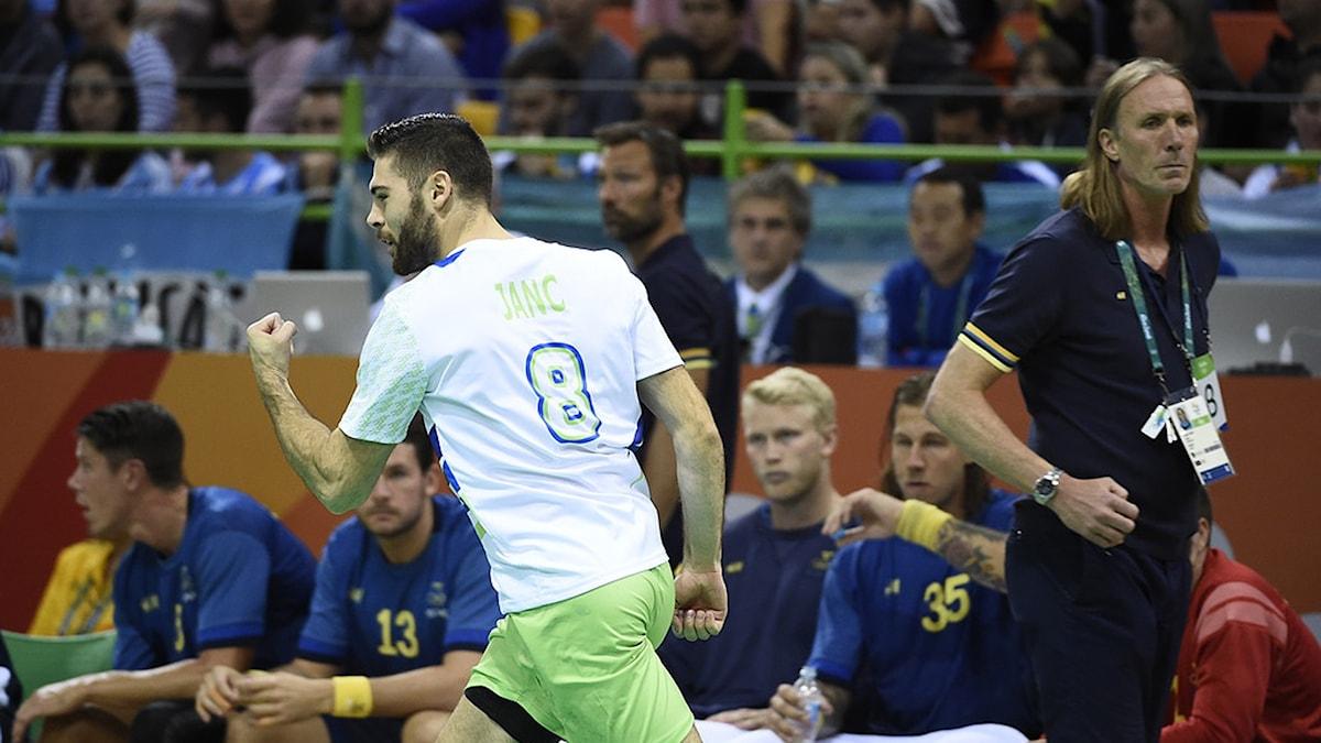 20161211 Sverige föll tungt mot Slovenien. Foto: Tobias Röstlund/TT