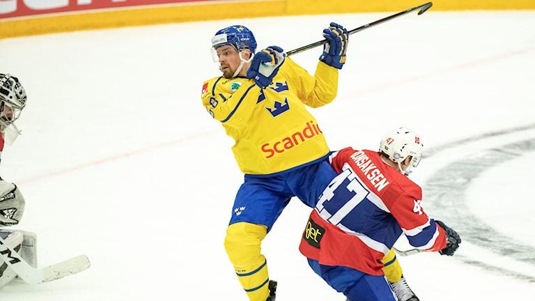 Anton Landers Tre Kronor ställs mot Norge i kväll.