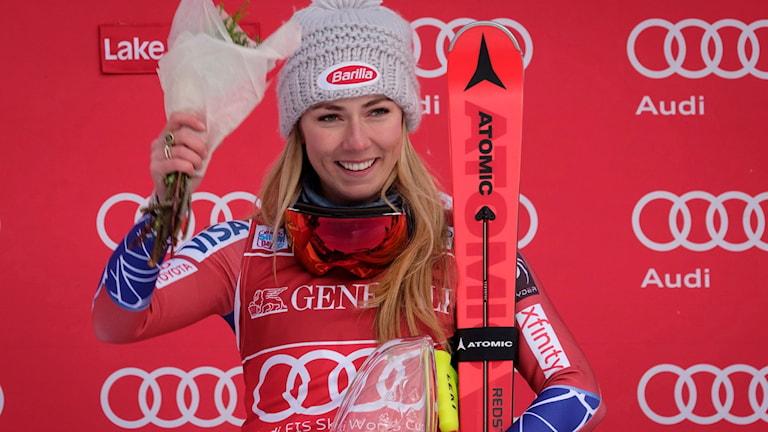 Mikaela Shiffrin vann störtloppet i Lake Louise.