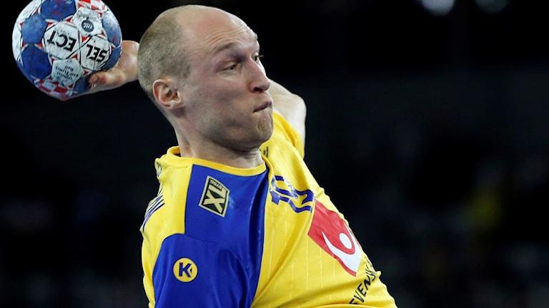 Johan Jakobsson är huvudskadad.