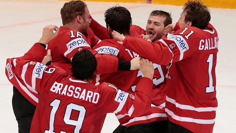 2016 VM-guld till Kanada ishockey.