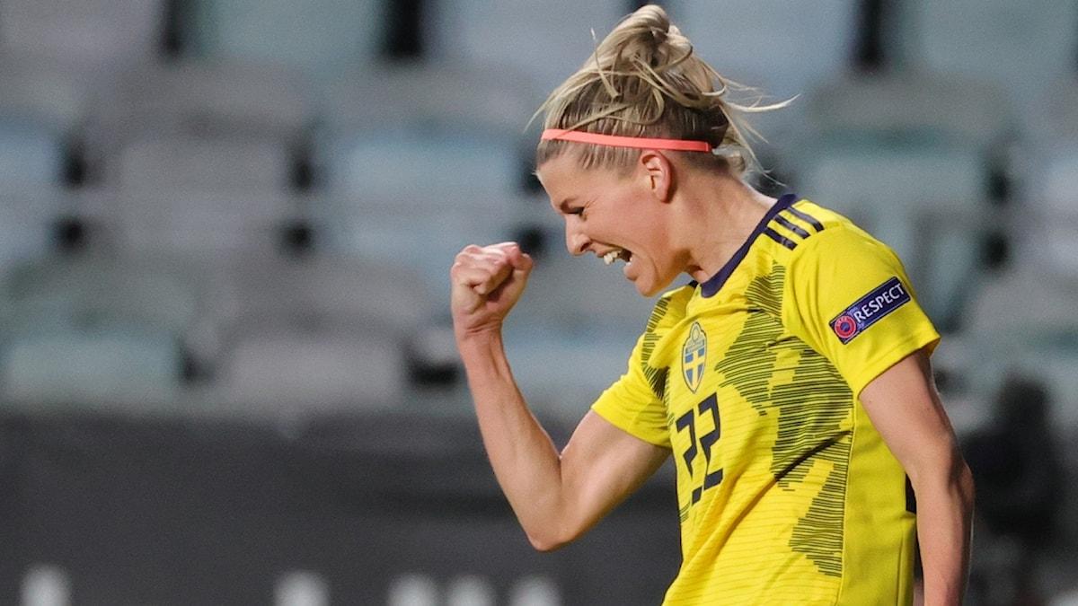 Olivia Schough jublar efter sitt 3–0 mål.