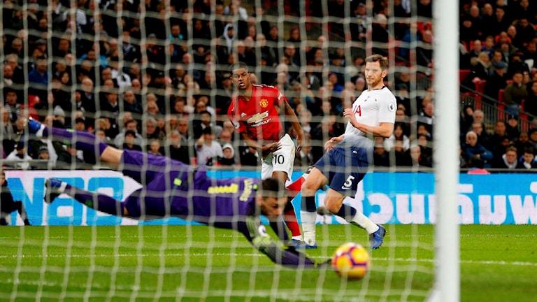 Marcus Rashford avgör för Manchester United mot Tottenham.