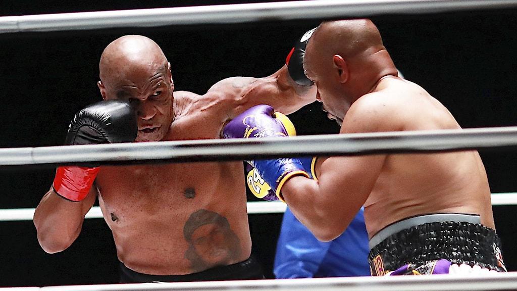 Mike Tyson och Roy Jones Jr.