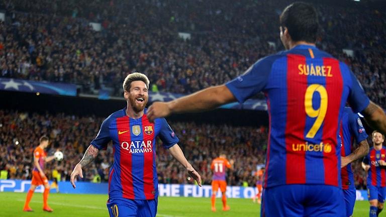 Lionel Messi firar sitt hattrick mot Manchester City.