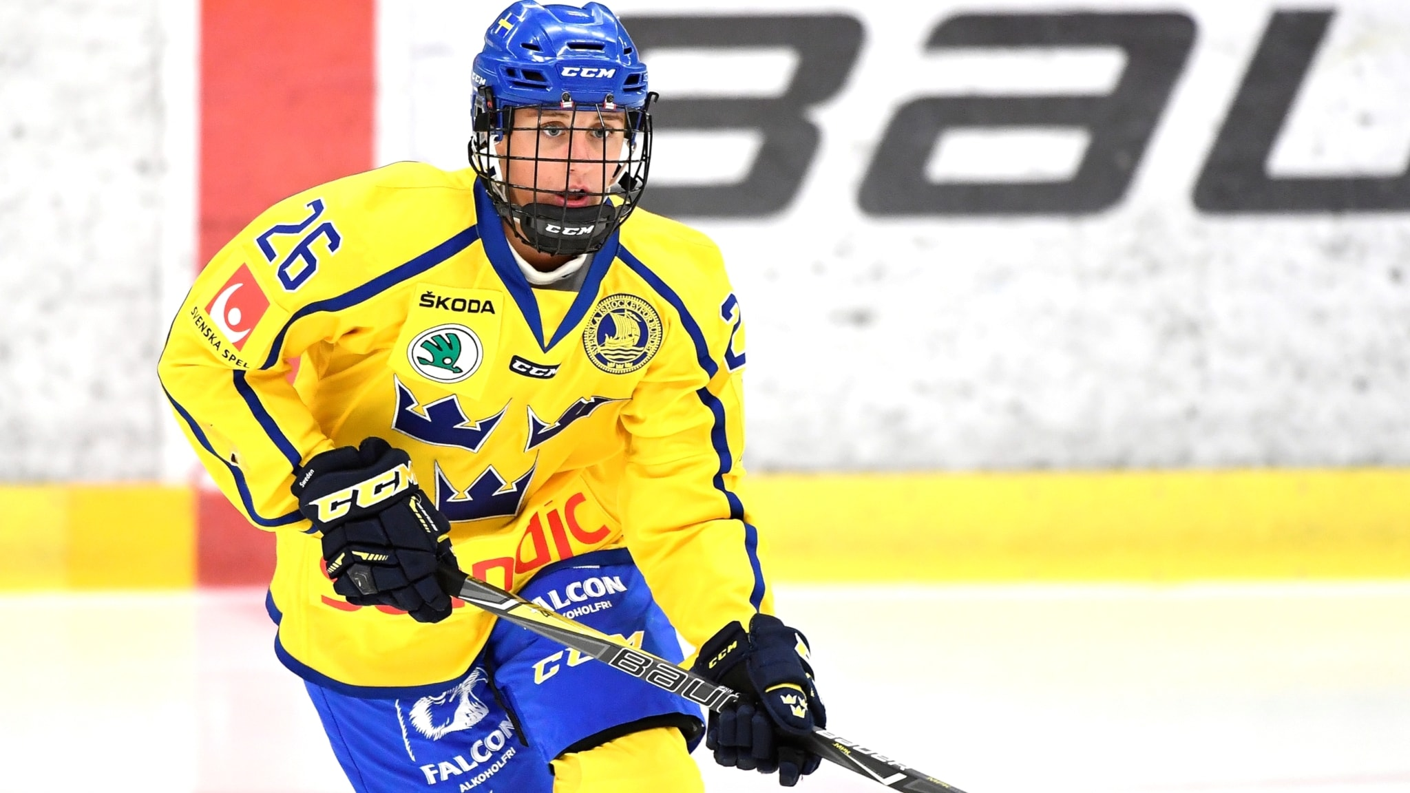 Forsta segern for martinsens damkronor