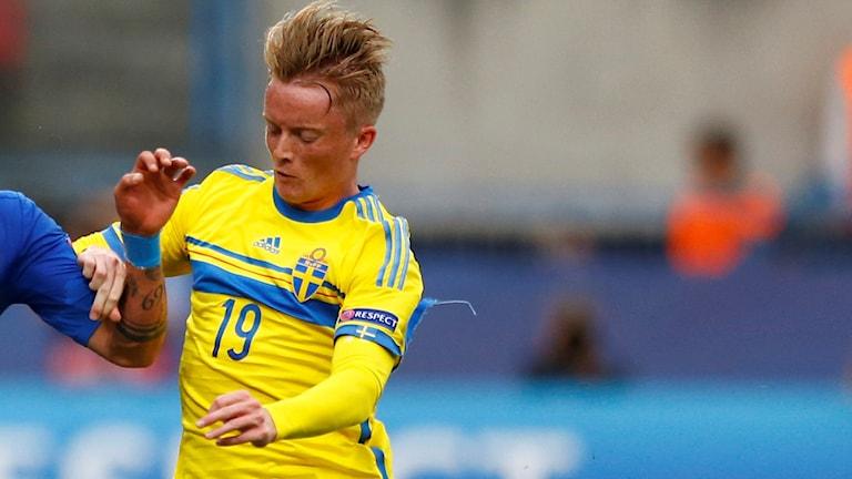 Sam Larsson får inte landslagsdebutera i veckan.
