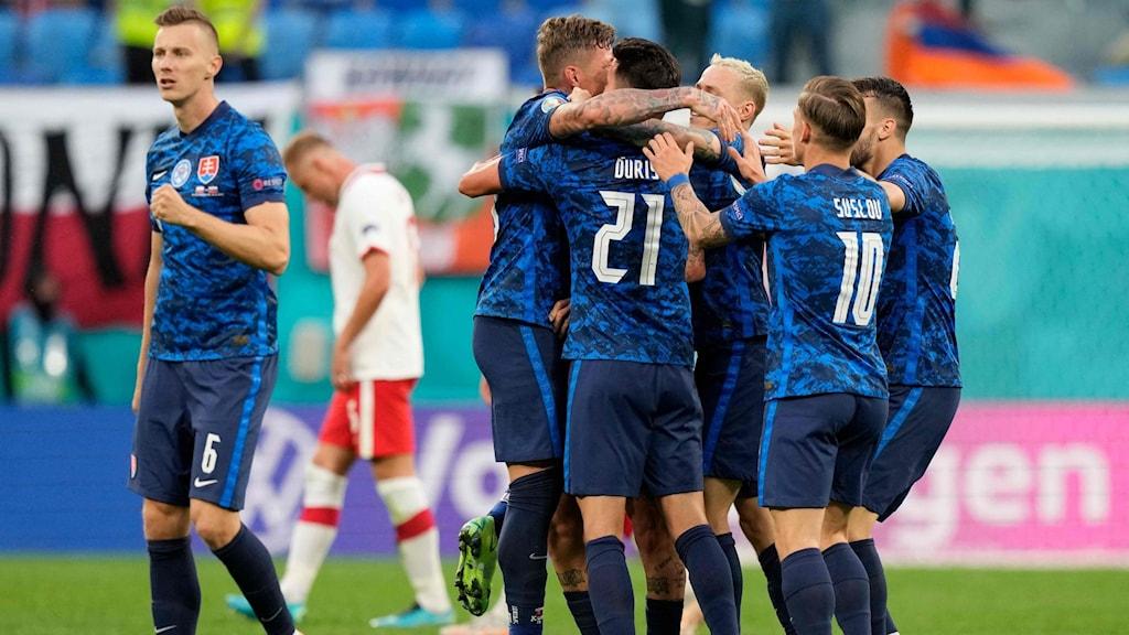 Coronautbrott i Slovakiska fotbollslandslaget