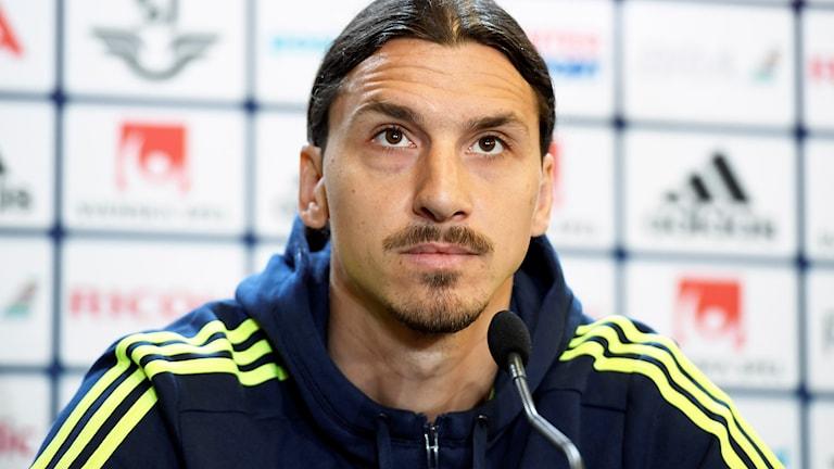 2016-06-01 Zlatan Ibrahimovic höll presskonferens i Båstad.