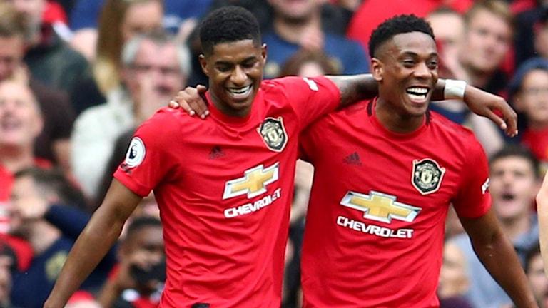 Manchester United-stjärnorna firar ett mål.
