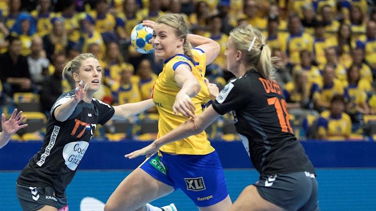 Isabelle Gulldén mot Nederländerna.