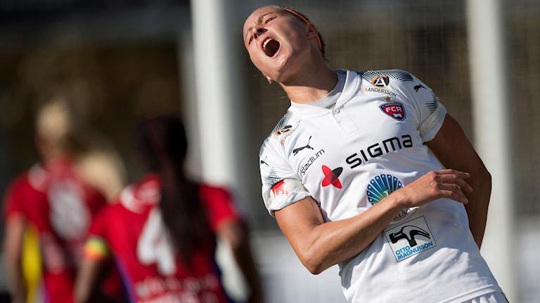 Rosengårds Sanne Troelsgaard vrålar ut sin frustration.
