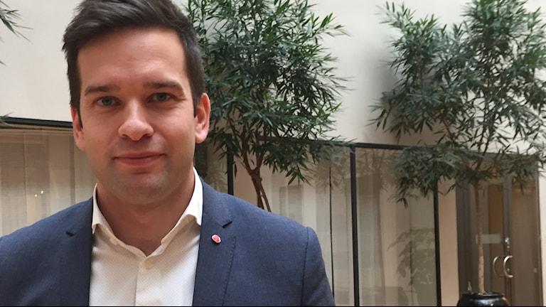 Gabriel Wikström, Sveriges idrottsminister.
