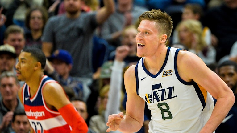 NBA-svensken Jonas Jerebko i Utah Jazz linne.