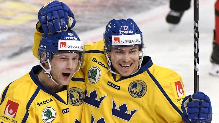 tre kronors Oscar Möller och Pär Lindholm.
