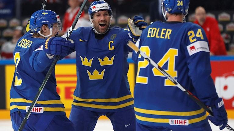 Tre Kronor möter Finland i VM-semifinalen.