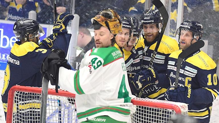 HV71 jublar mot Rögle.