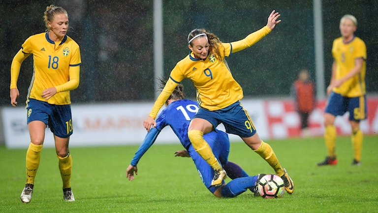 Sverige vann mot Kroatien med 2-0 när VM-kvalet inleddes.