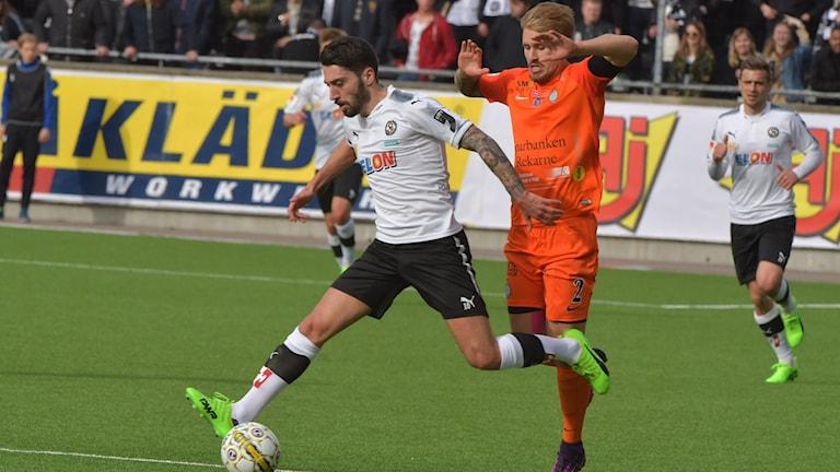 Lika i mötet mellan AFC Eskilstuna och Örebro