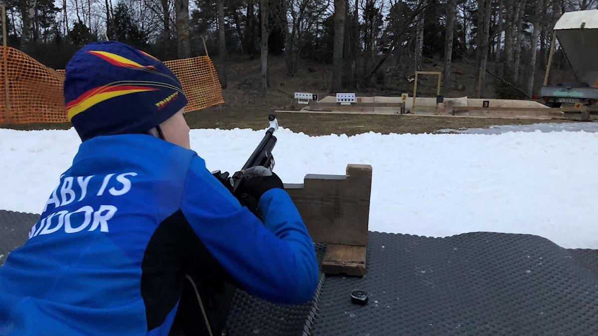 Viktor Graufeldts, 10 år, tränar skidskytte med Täby IS.