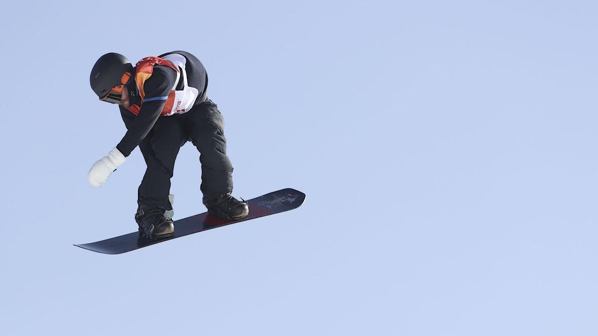 VINTER-OS 2018 SNOWBOARD SLOPESTYLE Niklas Mattsson. Foto: Andreas Hillergren/TT
