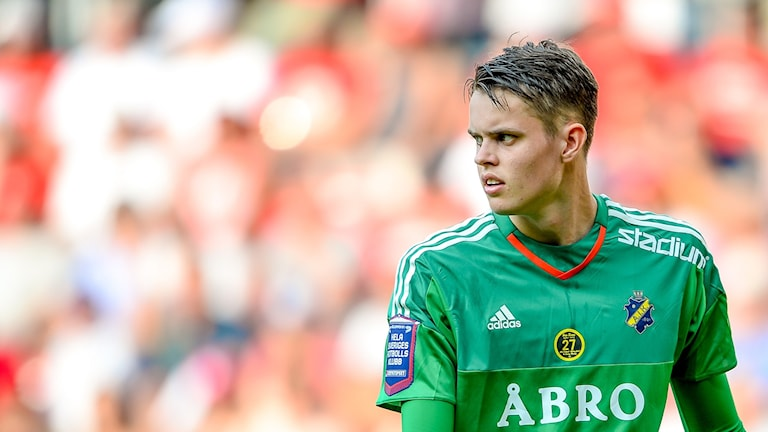 AIK:s målvakt Oscar Linnér.
