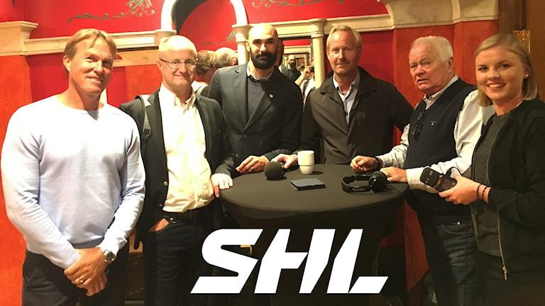Johan Garpenlöv, Anders Eldebrink, Daniel Rahimi, Magnus Wahlman, Lars-Gunnar Jansson och Petra Svensson snackar upp SHL.