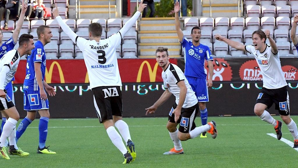 Filip Rogic avgjorde för Örebro på tilläggstid.