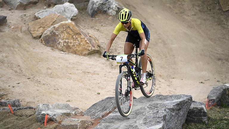 2016-08-20 Sveriges Jenny Rissveds under damernas final i mountainbike på Rios olympiska mountainbikepark under sommar-OS i Rio de Janeiro. Foto: Pontus Lundahl / TT