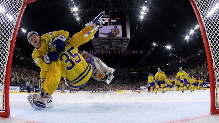 2017 var William Nylander och Henrik Lundqvist med och vann VM-guld efter straffar.