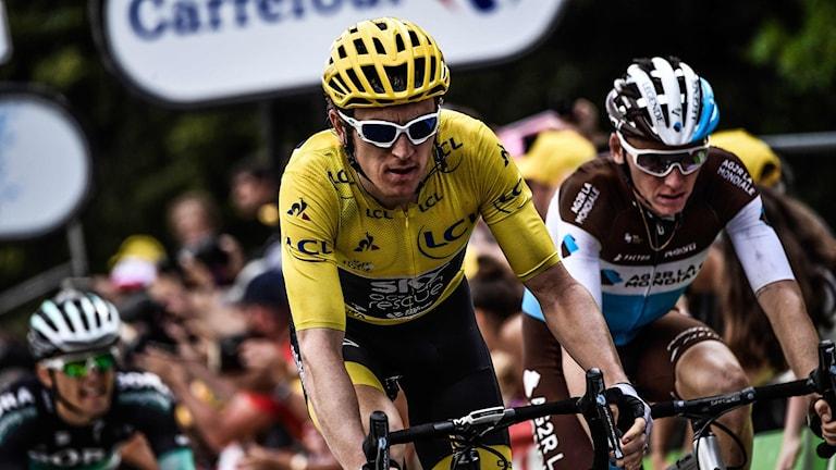 Bra utgångsläge för Geraint Thomas (gul) i Tour de France.