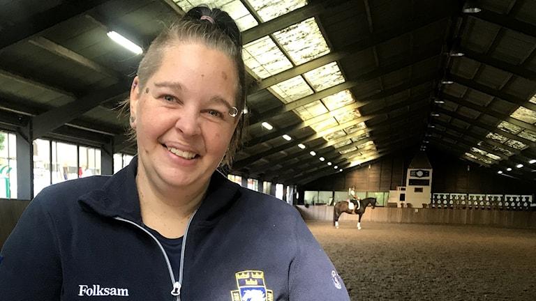 Marie Johansson, hästskötare till Patrik Kittels Well Done de la Roche