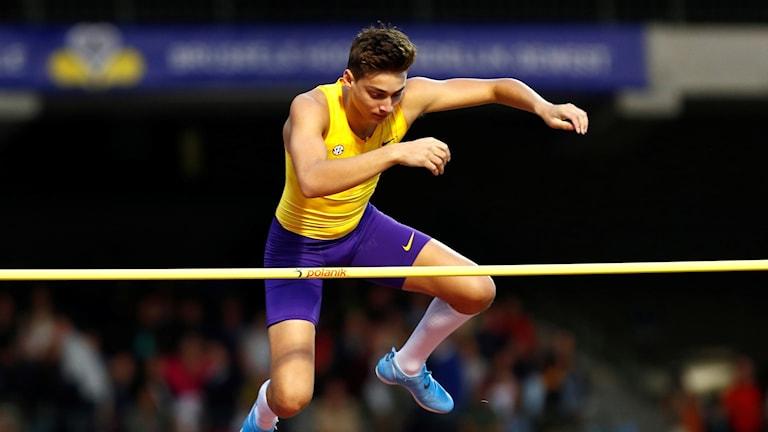 Armand Duplantis tillbaka i tävling efter EM-guldet.