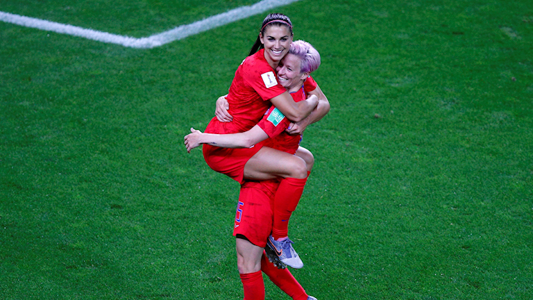 Alex Morgan och Megan Rapinoe.