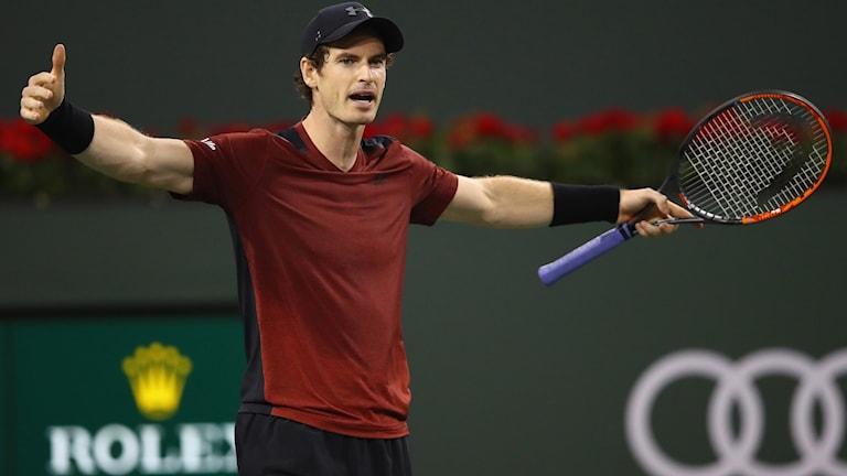 Andy Murray åkte överraskande ut redan i den andra omgången.