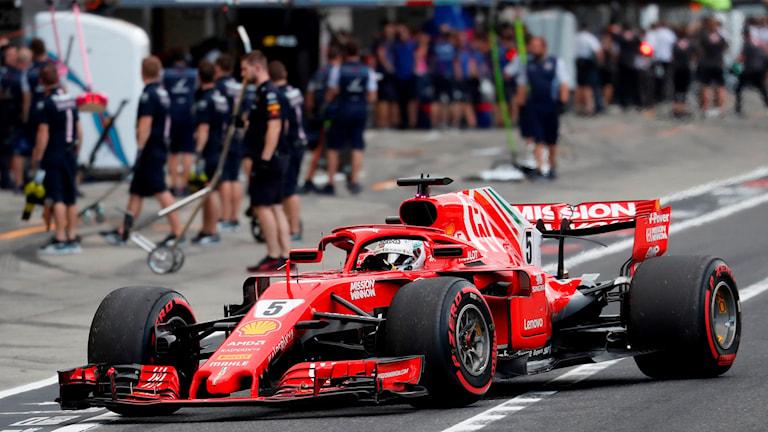 Sebastian Vettel i sin Ferrari.