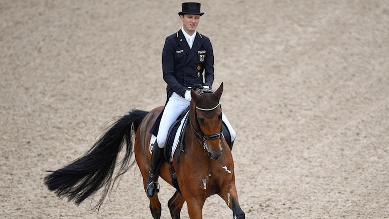 Tysklands Sönke Rothenberger på hästen Cosmo 59.