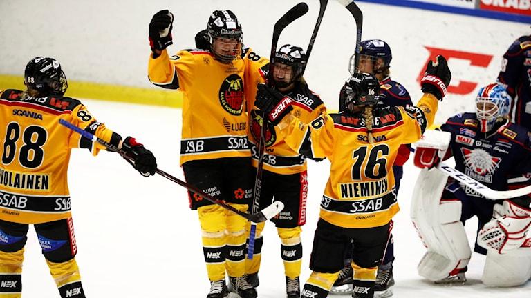 Luleå vann SDHL-premiären.