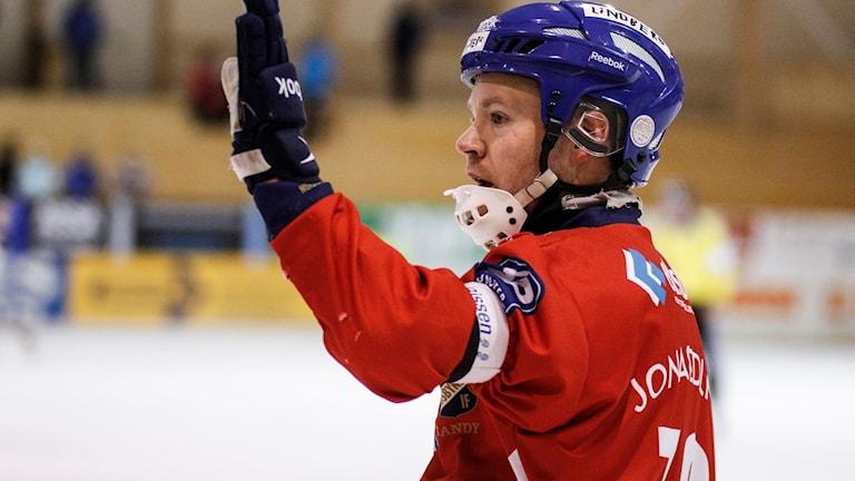 Jonas Edling förde Edsbyn till seger.