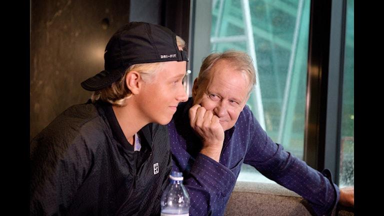 STOCKHOLM 20170904 Leo Borg, son till Björn Borg, och Stellan Skarsgård under en pressdag inför premiären av filmen Borg, som handlar om tennislegenden Björn Borg.